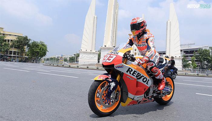 """มาร์ค มาร์เกซ """"เด็กระเบิด"""" แห่งวงการ MotoGP"""